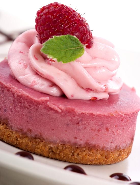 Raw Vegan Strawberry Cheesecake Recipe | Organic ...